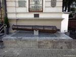 Минск: пушка на улице Маркса.