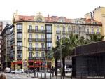 Сантандер: дома на площади перед портом.