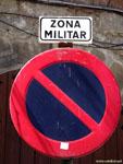 Ла-Корунья: военные не любят паркующихся.