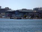 Ла-Корунья: большой портовый молл.