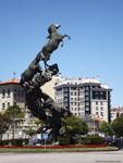 Виго: памятник лошадям ( Monumento a los caballos ).